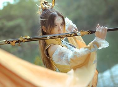 剑网情缘三cos–藏剑二小姐